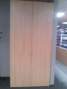 771025 Cabinet with doors BENE