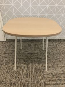 64029  Visitor Table Bejot UNI Q500
