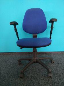 91085 Оперативен стол