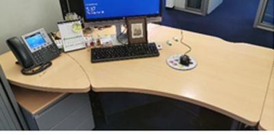 92086  Operational desk Steelcase