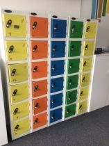 81112 Персонални багажни шкафчета за офиси