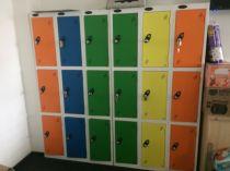 81113 Персонални багажни шкафчета за офиси