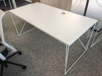 64019 Desk with partition Narbutas AIR