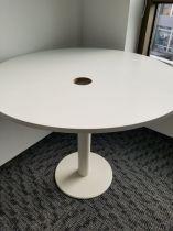 78009  Round table  Techo