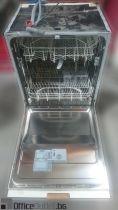 08451 Dishwasher Hotpoint Ariston LFT114