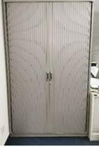 92082 Шкаф с ролетни врати Steelcase