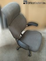 026881 Manager chair Humanscale Freedom Task