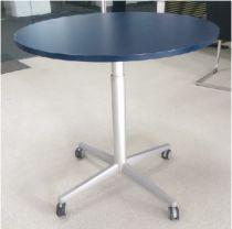 02672 Meeting  table BENE